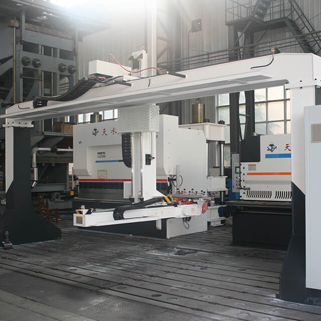Automatic Robotic Press Brake for Sheet