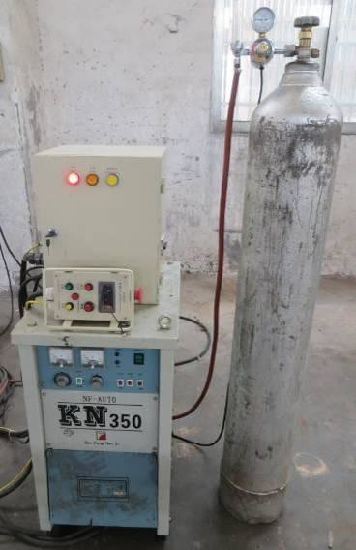 Base Plate Welding Machine